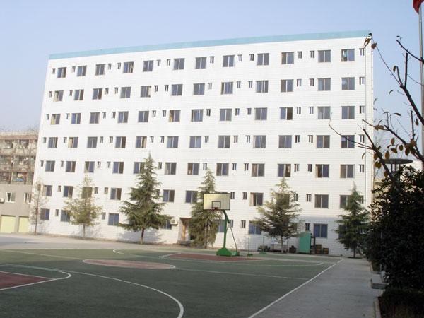 xueshenggong寓